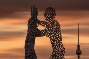 Skulptur, Miteinander statt gegeneinander
